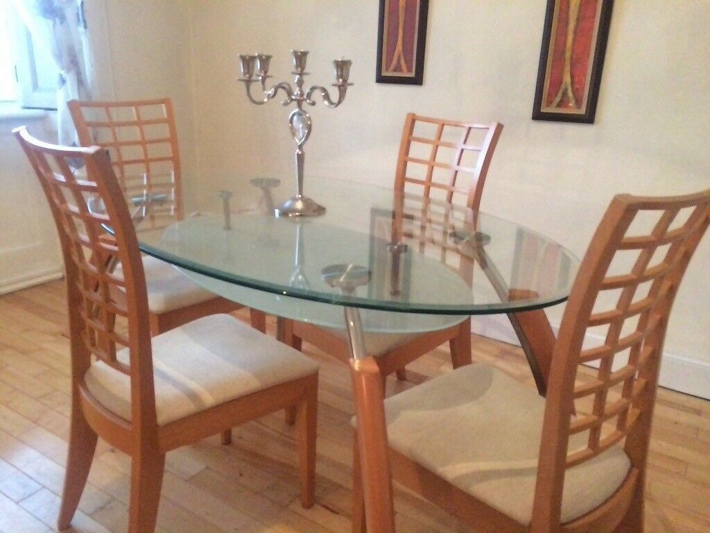 Oval glass table& 4 chairs 36x60