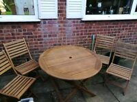 Garden table + 4 chairs +cover