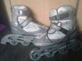 No Fear roller blades size 5. Only used once!