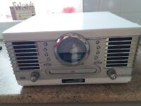 CLASSIC MUSIC MANAGER RECORD PLAYER PLUS CD AND RADIO