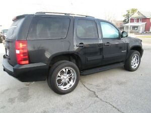 2013 Chevrolet Tahoe LS, 9 passenger Kitchener / Waterloo Kitchener Area image 2
