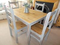 Mexican pine dining / kitchen table with four matching chairs. Lovely......