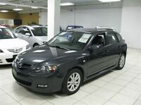 2007 Mazda MAZDA3 AUTO!!! LOADED!!! HATCH!!! ALLOYS!!!