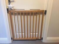 Lindam stair gate toddler guard