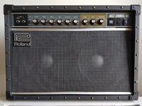 Roland JC-40 Guitar Amplifier - 2 Months Life