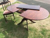 Extending oval Dining Table - Stag Minstrel in dark brown