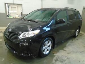 2014 Toyota Sienna LE CUIR MAGS 7 PASSAGERS