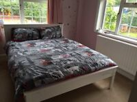 large Double Room Own Bathroom River Side Property Close to Heathrow, Staines, Windsor