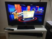 """EXCELLENT 32""""LG LCD HD READY +FREEVEIW TV"""