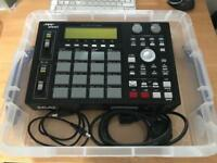 AKAI MPC 1000 in mint condition