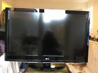 "LG 42"" HD ready LCD Flat Screen TV"