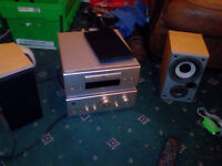 DENON upa f88 amp, cd player and matching speakers, very nice sound, complete with remote control