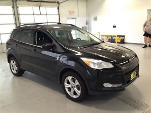 2013 Ford Escape SE| 4WD| SYNC| HEATED SEATS| 84,237KMS Kitchener / Waterloo Kitchener Area image 9
