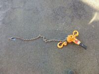 1.6 Ton Chain pull, good working order.