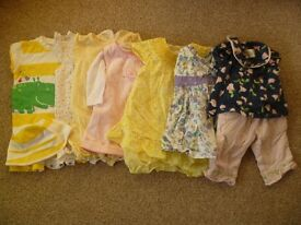 Baby girls' newborn and 0-3 months clothes bundle