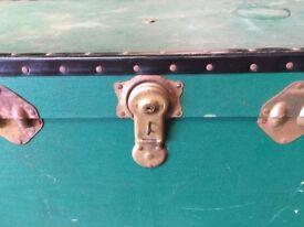 Large Vintage Travel Case - Trunk - Suitcase - Storage Box - Retro