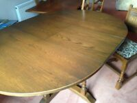 Old Charm Round Light Oak Extendable Dining Table and 4 Chairs