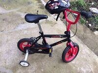 BEGINNER BOYS CHILDREN AGES 1-5 WITH HELMET AND STABILISERS BIKE BICYCLE