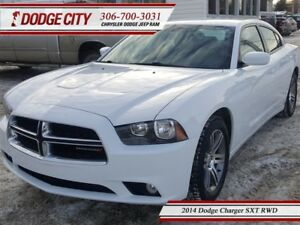 2014 Dodge Charger SXT | RWD | PST PAID - Heated Seats, Bluetoot