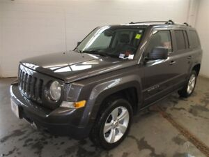 2014 Jeep Patriot Limited- 4x4! ALLOYS! HEATED SEATS! LEATHER!