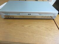 Scneider DVD player with remote control