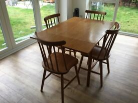 Kitchen table & chair set (table can be extended)