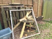 Odd bits of good timber and a couple of Euro pallets