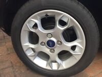 Fiesta 2011 alloys mint with new tyres