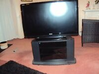TOSHIBA 42 INCH FREEVIEW HD TV
