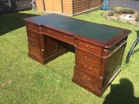 STUNNING LARGE CAPTAINS DESK