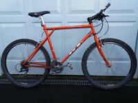 Bicycle with 20in Reynolds 525 Frame & Black 26in Zac 19 Rims - BIKE