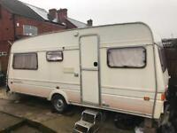 Fleetwood 5 birth caravan