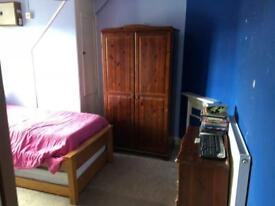 Double Bedroom Available In Bedfont Lane FELTHAM, Near Feltham High Street & Rail Station