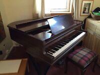 Eavestaff 5 ft grand piano