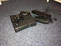 Xbox 360s 250gb Console, 3 controllers & Kinect