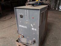 200 amp arc welder