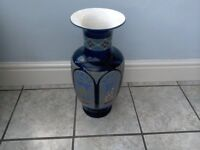 free standing ornament vase 21inches high