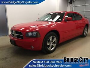 2010 Dodge Charger SXT- Leather, Heated Seats, RWD!