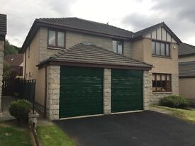 SPACIOUS AND FURNISHED 5 BEDROOMS DETACHED HOUSE WITH FITTED STYDY ROOM