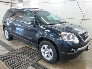 2007 GMC Acadia SLT FWD, Leather Seating, Dual Power Seats, Powe