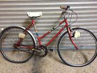 VINTAGE 1970s TOWN BIKE - SERVICED WITH FREE DELIVERY TO OXFORD!