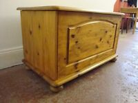 Pine Chest/ Ottoman/ Toy Box