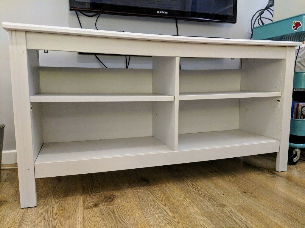 Ikea brusali tv bench white excellent condition in bromley
