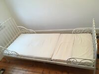 MINNEN (Ikea) Extendable bed with slatted base and mattress