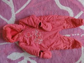 Snow suit bright pink