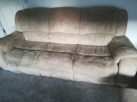 Reclining 2 Seater a d 3 Seater Sofas
