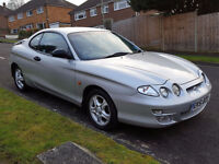 hyundai coup 1.6 16v,51 reg,silver,low mileage,fsh,2 keys,mot june,taxed,receipts for 1000,s,