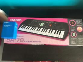 Casio keyboards and adaptor