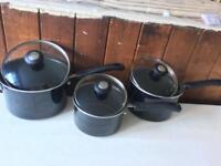 Set of 3 Saucepans
