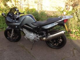 BMW F800s motorbike. Fast, relatively light, belt drive. Ideal first bike or easy commuter.